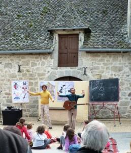 """Cie Robert et moi """" l'école des petits robert"""" ©Stéphanie Mas"""